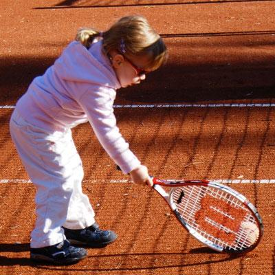 Februar 2008: Erstmals Tennisluft schnuppern