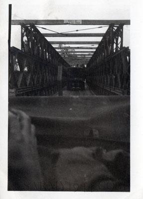 """Olanda passaggio sul ponte ricostruito """" Maas river"""""""