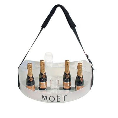MOET & CHANDON - Entwicklung Bauchladen Launch Rosé Champagner