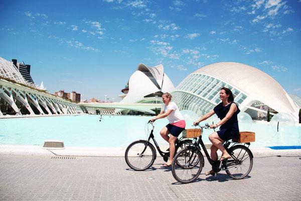 Fahrradtour Eline van den Heuvel Stephanie Schulz Stadtführung Valencia Fahrrad Bike CAC