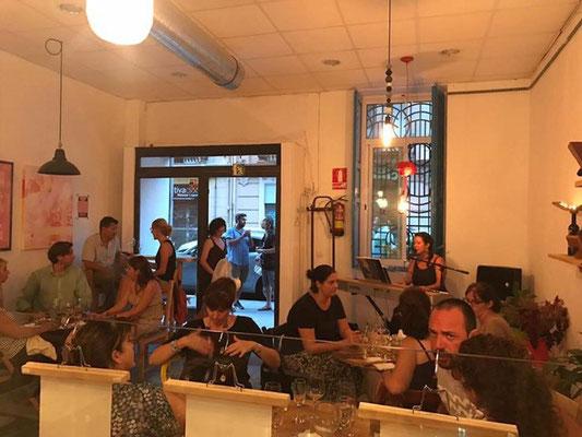 Trendy Bars Café