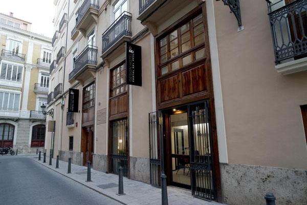 Uassenseite Hotel Portel del Real MD Design Calle Boix