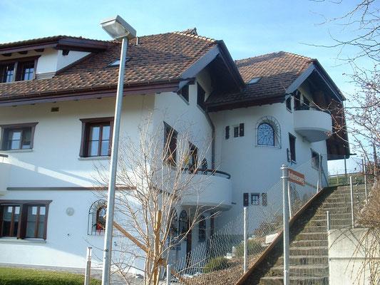 Villa in Wil, innere und Äußere Malerarbeiten