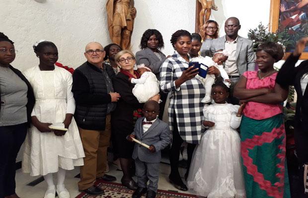 Avec la famille et les parains