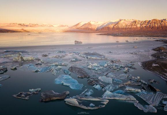 Jökulsárlón Iceberg -Iceland
