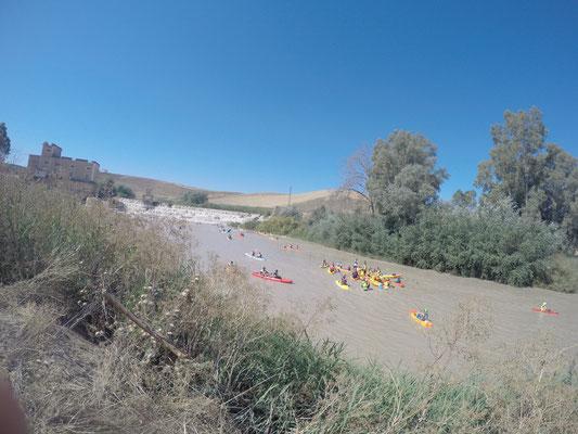 descenso en kayak por aguas bravas Genil