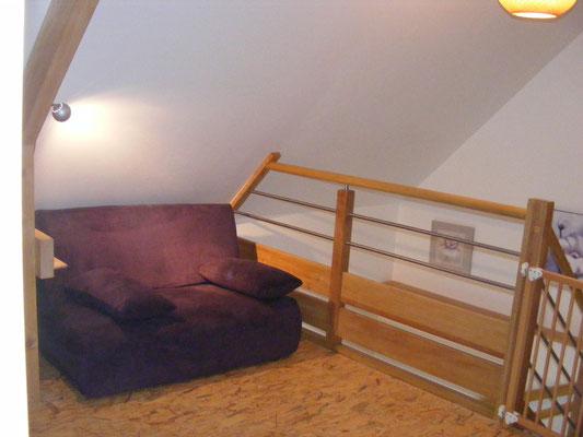 Pallier du 1er étage (dégagement et lit d'appoint).