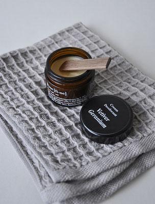 FINE Cremedeodorant, natürlich und 100% vegan, erhältlich bei INK+OLIVE
