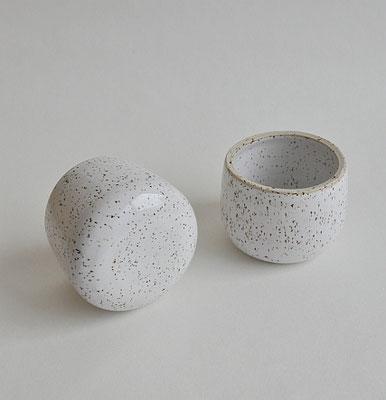 Keramikbecher, Tumbler, gesprenkelter Ton, Suntreestudio, Keramik aus Hamburg