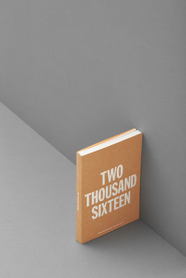 Soft-Cover Kalender Nomad White Tan von Marjolein Delhaas