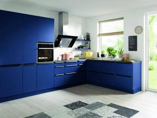 Blaue Schüller Küche