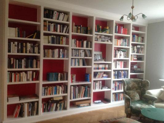 Einbau Bücherregal