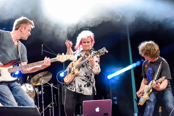Rockanarchie mit Thomas Blug, Gulli Spiller, Jennifer Batten und Mel Gaynour (nicht auf dem Foto)