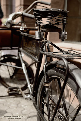 lovely old bycycle