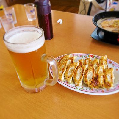 餃子の王将にビール♡