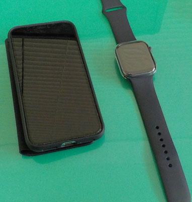 Iphone xs & Apple Watch series 4