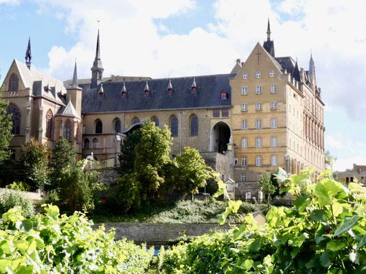Ahrweiler Kloster Kalvarienberg Rotweinstadt  Ahrtal Sehenswürdigkeit Deutschland