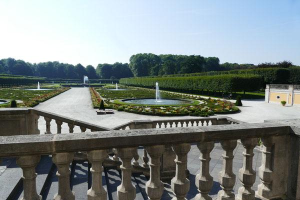 Augustusburg Sehenswürdigkeit Barock Schloss  Augustusburg in Brühl  und die barocke Gartenanlage