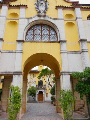 Gardasee : Giardino Vittoriale, Palazzo    Italien