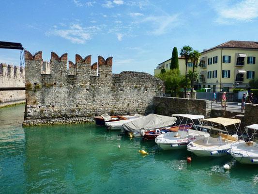 Hafen von Sirmione Gardasee