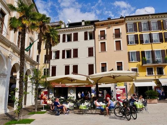 Gardasee Salo`, Altstadt