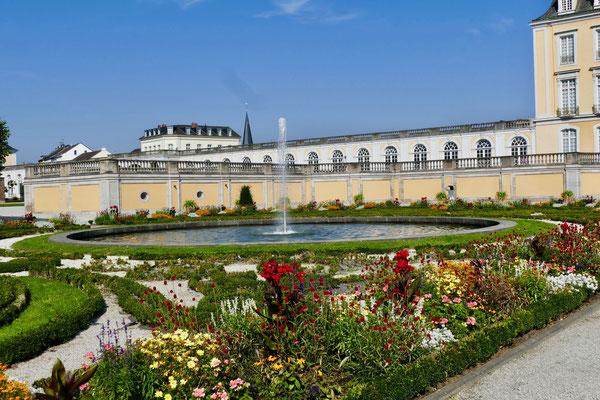Schloss Augustusburg Sehenswürdigkeit Barock Schloss  Augustusburg in Brühl  und die barocke Gartenanlage