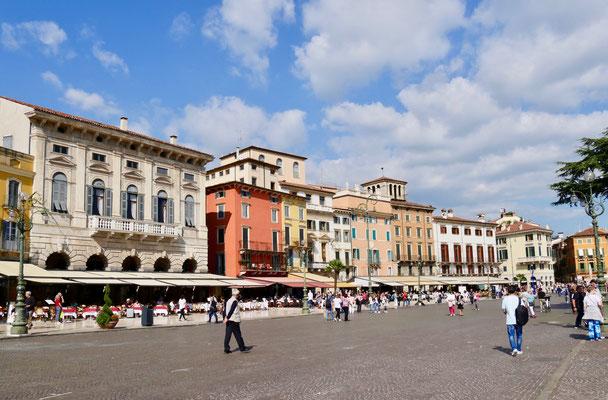 Die Piazza Bra´in Verona
