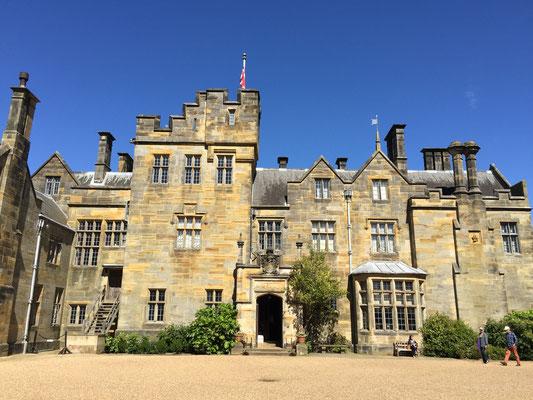 England Scotney Castle