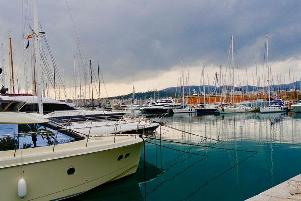 Der Yachthafen von Palma de Mallorca