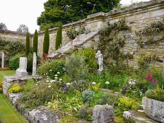 England: Hever Castle Park
