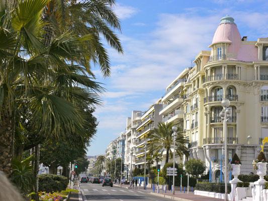 Nizza, Hotel Negresco an der Promenade des Anglais Frankreich Cote DÀzur