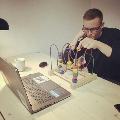 Bastian arbeitet