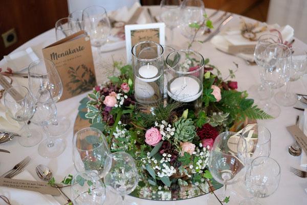 Hochzeit Im Le Pont De Thielle In Bordeaux Pink Rosa Blumen Bijou