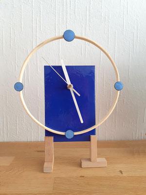 hang/sta klok staand afgebeeld