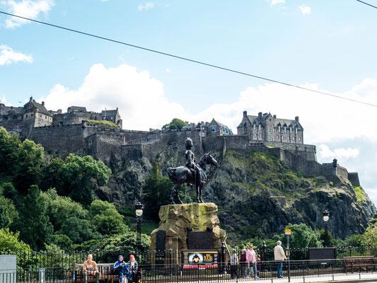 Bild: Blick auf das Edinburgh Castle