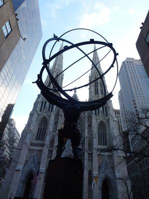Bild: Vor der St. Patricks Church