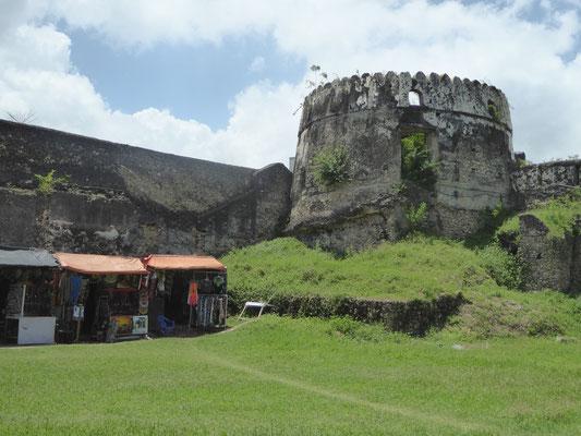 Bild: Alte Festung mit Theater