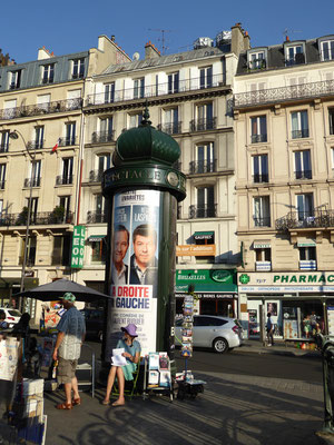 Bild: Litfaßsäule auf dem Place de Clichy