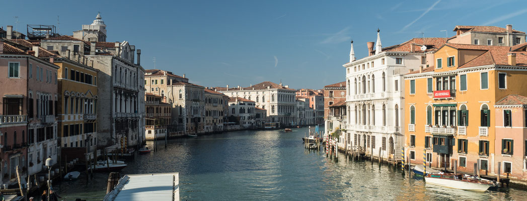 Bild: Die Wasserstraße Canal Grande in Venedig - Foto 1