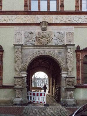 Bild: Eingangstor des Fürstenhof