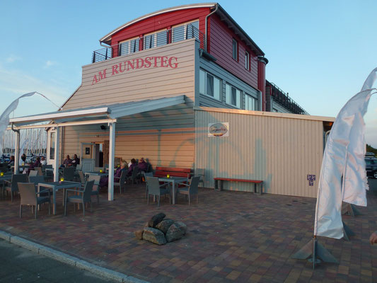 Bild: Am Rundsteg mit dem Café Sorgenfrei
