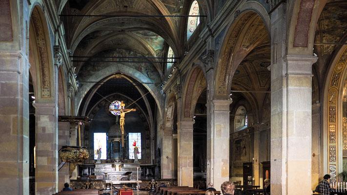 Bild: Kirche Angela Santo Alessandro von innen