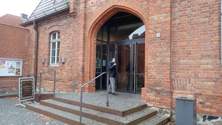Eingang Bernsteinmuseum