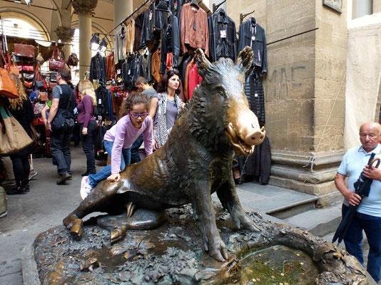 Bild: Wildschweinbrunnen an der Loggia d. Mercato Nuevo