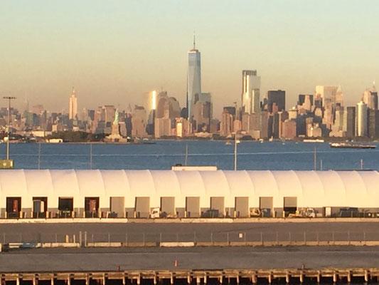Bild: Manhattan vom Terminal Bayonne aus