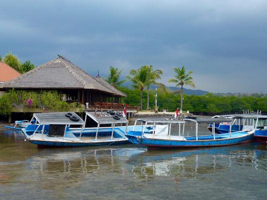 Bild: Boote im Wasser