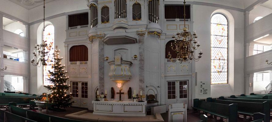 Bild: Der Altar von der Stadtkirche St. Petri