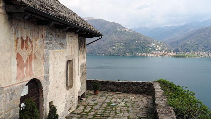 Bild: Haus mit Blick auf den See