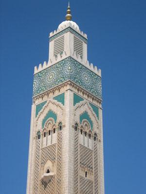 Bild: Turm der Moschee Hassan II