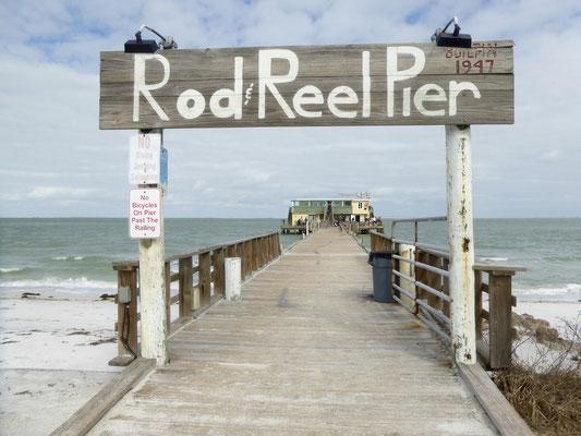 Bild: Eingang zum Rod Reel Pier